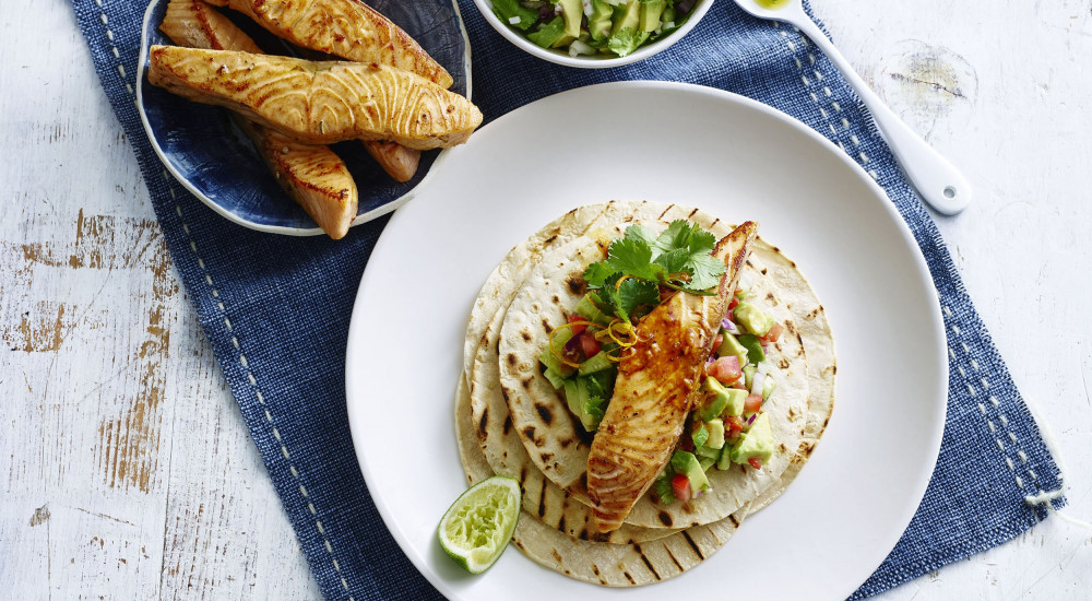 Spiced salmon tortillas