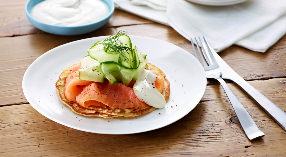 Dill pancakes with smoked salmon